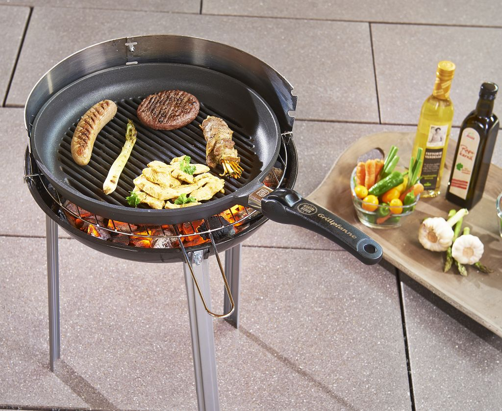weber grill holzkohle weber barbecue weber master touch. Black Bedroom Furniture Sets. Home Design Ideas